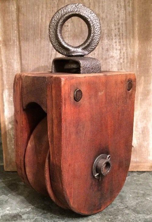 Antique Vintage Cast Iron And Wood Barn Pulley Decoracion De Unas