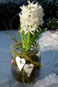Frühlingsdekoration im Glas - neue Ideen zum Selbermachen für drinnen #weihnachtsdekoglas
