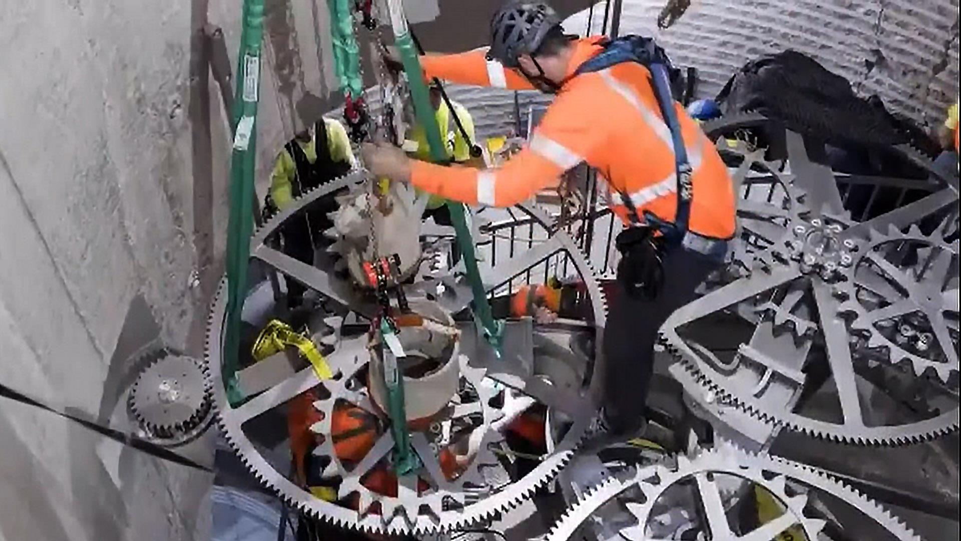 Huge Clock Hidden In Texas Mountain Is Designed To Tick For 10 000 Years Huge Clock Clock Design