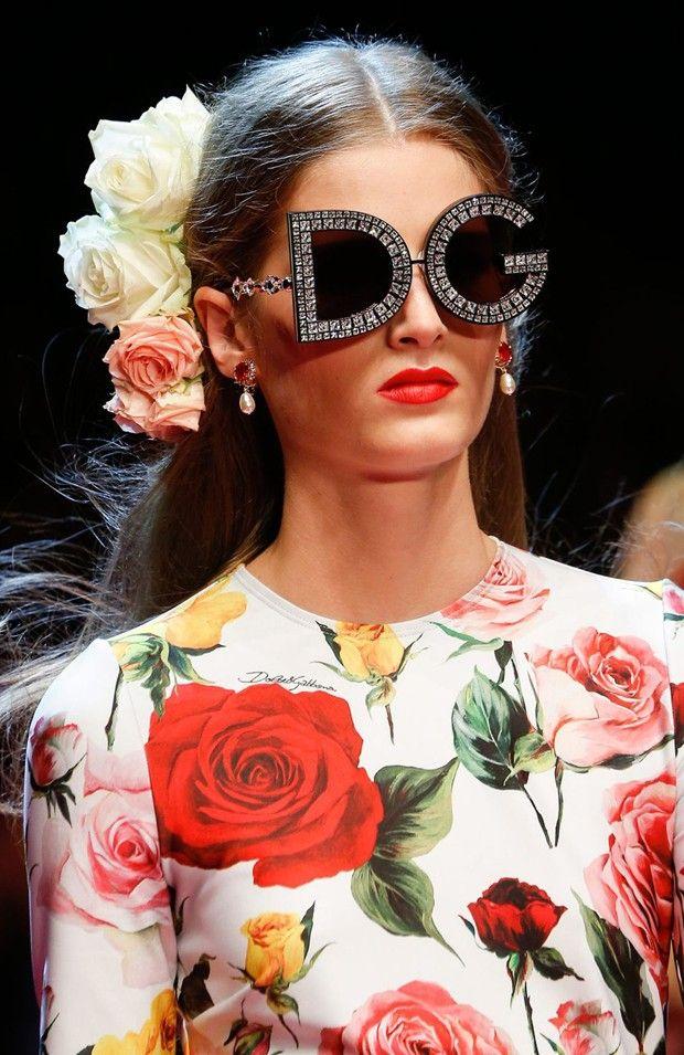 4b1dad74b Os 10 óculos mais excêntricos do desfile da Dolce & Gabbana