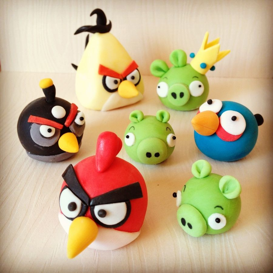 Angry birds cake decorations yum cupcakes pinterest for Angry birds cake decoration