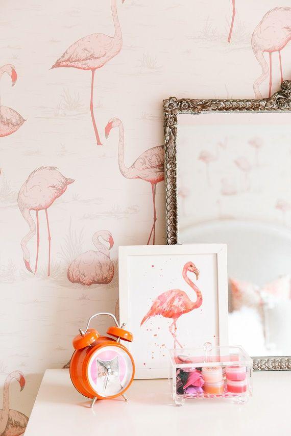 Flamingo 2 Bedroom Suite: Pink Flamingo Wallpaper // Girls Bedroom // @simplifiedbee