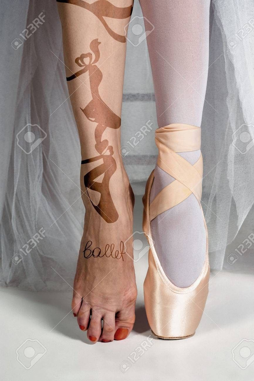 TINRYMX Ballet Pointe Shoes for Girls and Ladies Professional Ballet Dance Shoes with Sewn Ribbon.