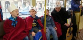 Centrum Plzně brázdila po celý den Tříkrálová tramvaj