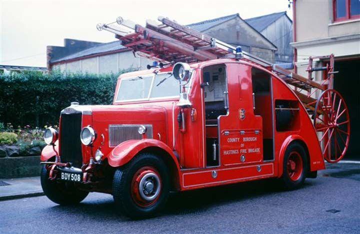 1938 Leyland Pump Escape British Fire Trucks Pinterest