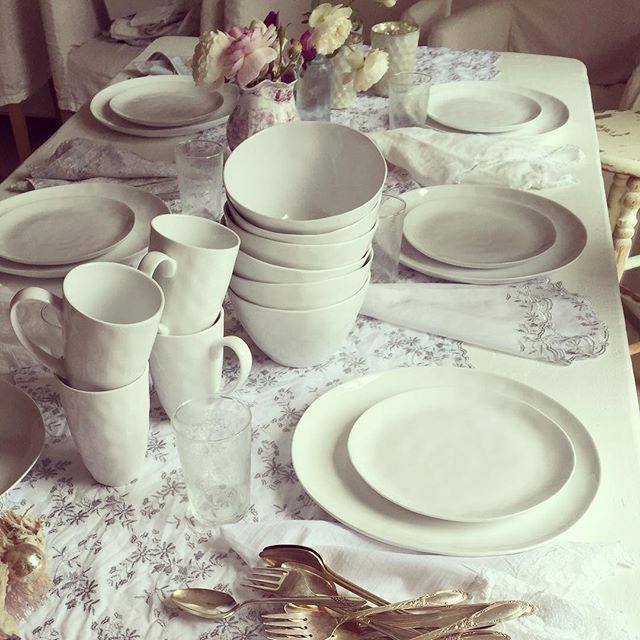 Saturday Supper (.white ripple dinnerware stores & www.shabbychic.com)