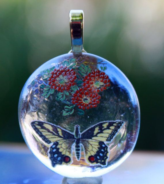 Hey, I found this really awesome Etsy listing at http://www.etsy.com/listing/155917827/handmade-fused-glass-butterfly-floral