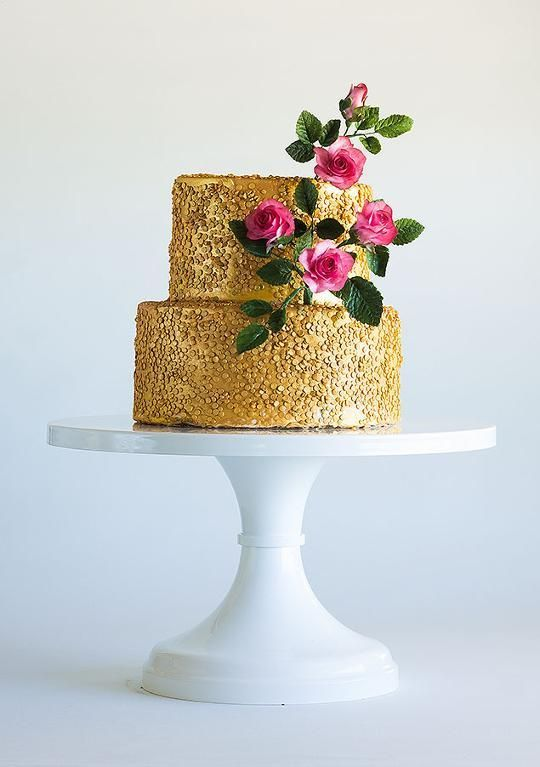 Edible Art Cake Glitter : Cakes That Shine: Using Edible Glitter, Paint and Sparkle ...