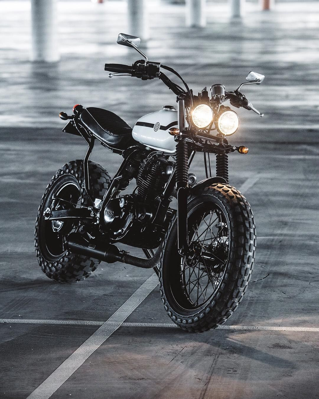 """Introducing The TWo-Up. This little Yamaha TW is the newest creation from the House of Simple Pleasures by @jeremy.tagand. Head to deuscustoms.com to…"""