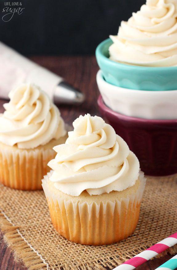 Vanilla Buttercream Frosting #crustingbuttercream
