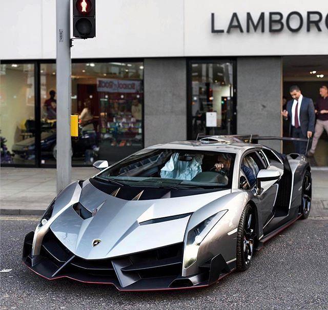Pin Van Shahbaz Ahmed Op Lamborghini
