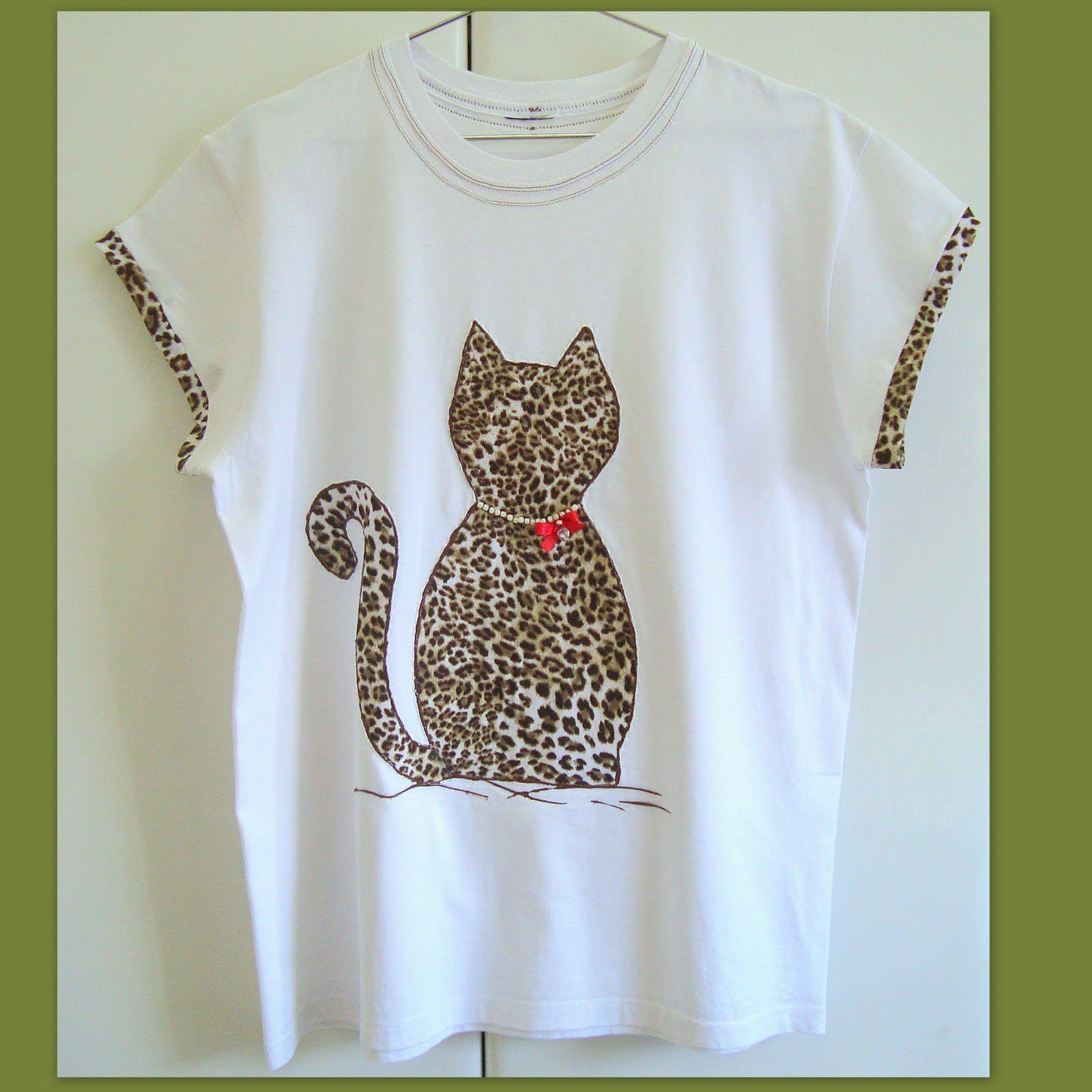 9d8e1e154 Artes da Nique  Customização de blusa com aplique em tecido ...