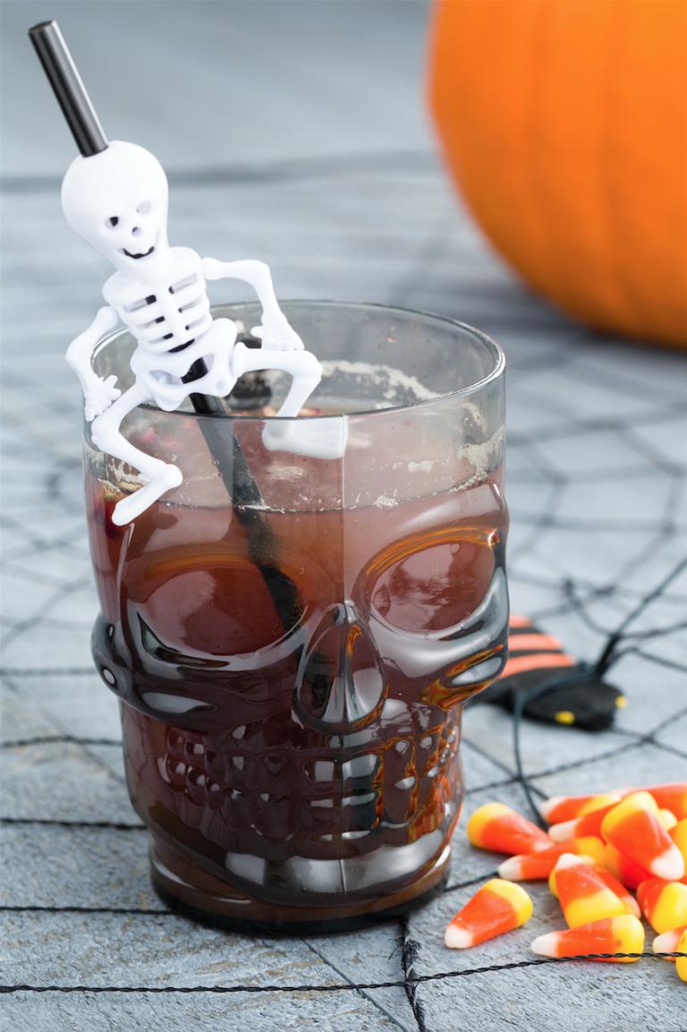 25 best halloween cocktail ideas in 2018 halloween cocktail recipes