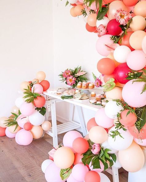 Soooooo this birthday? @theshiftcreative pretty much RULED the #desserttable with her epic balloon installation a la @houselarsbuilt. More tropical goodness when you click the link in our profile>  . photos: @kplouffe / florals: @mvflorals / desserts: @sweetnsaucyshop / invites: @studiobdr