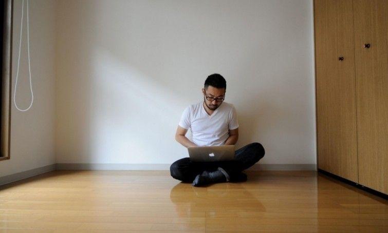 ❝ Menos es más: la vida de un hombre que decidió que no necesitaba tantas cosas para ser feliz ❞ ↪ Vía: proZesa