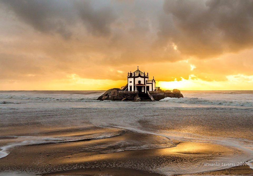 A chapel at the ocean - Capela do Senhor da Pedra, Vila Nova de Gaia, Portugal
