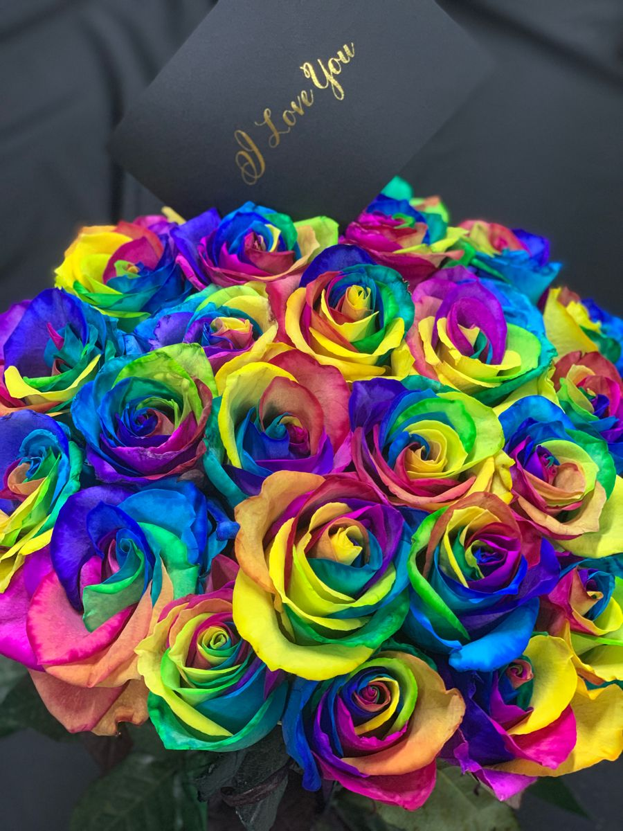 Long Stem Luxury Roses In A Box Free Overnight Delivery In The Usa In 2020 Bloom Rainbow Roses Valentine