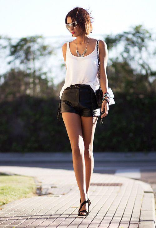 e77177421 white n black , Bershka in Shirt / Blouses, Chanel in Bags, Vintage ...