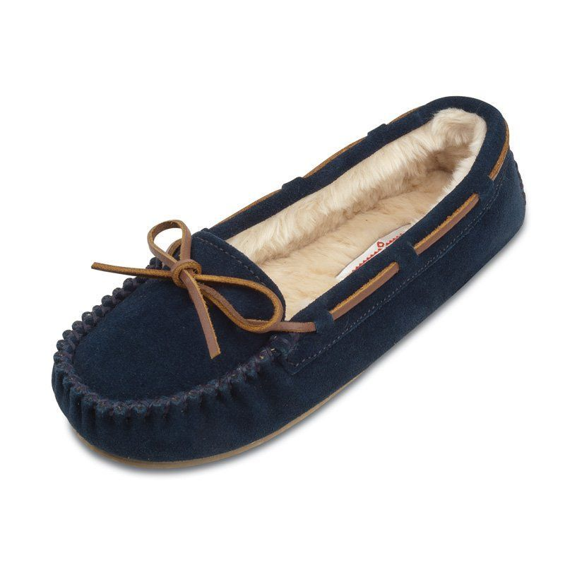 Minnetonka Moccasins 4014 - Women's minnetonka cally moccasin slipper in  dark navy suede. Soft, supple suede with rawhide lace.