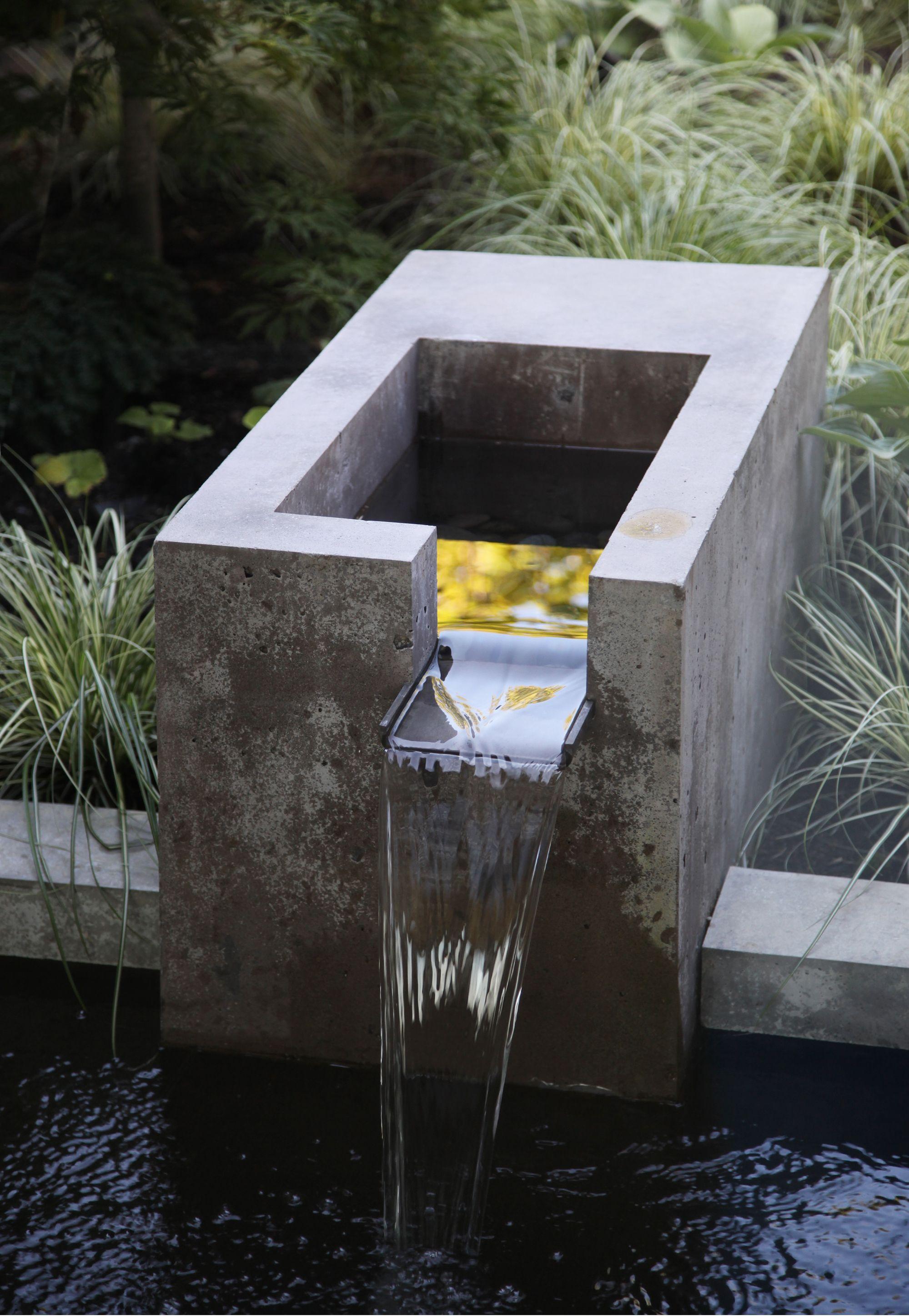 wittman estes water feature · WasserlaufSeeroseWasserspieleInnenhof BrunnenGarten