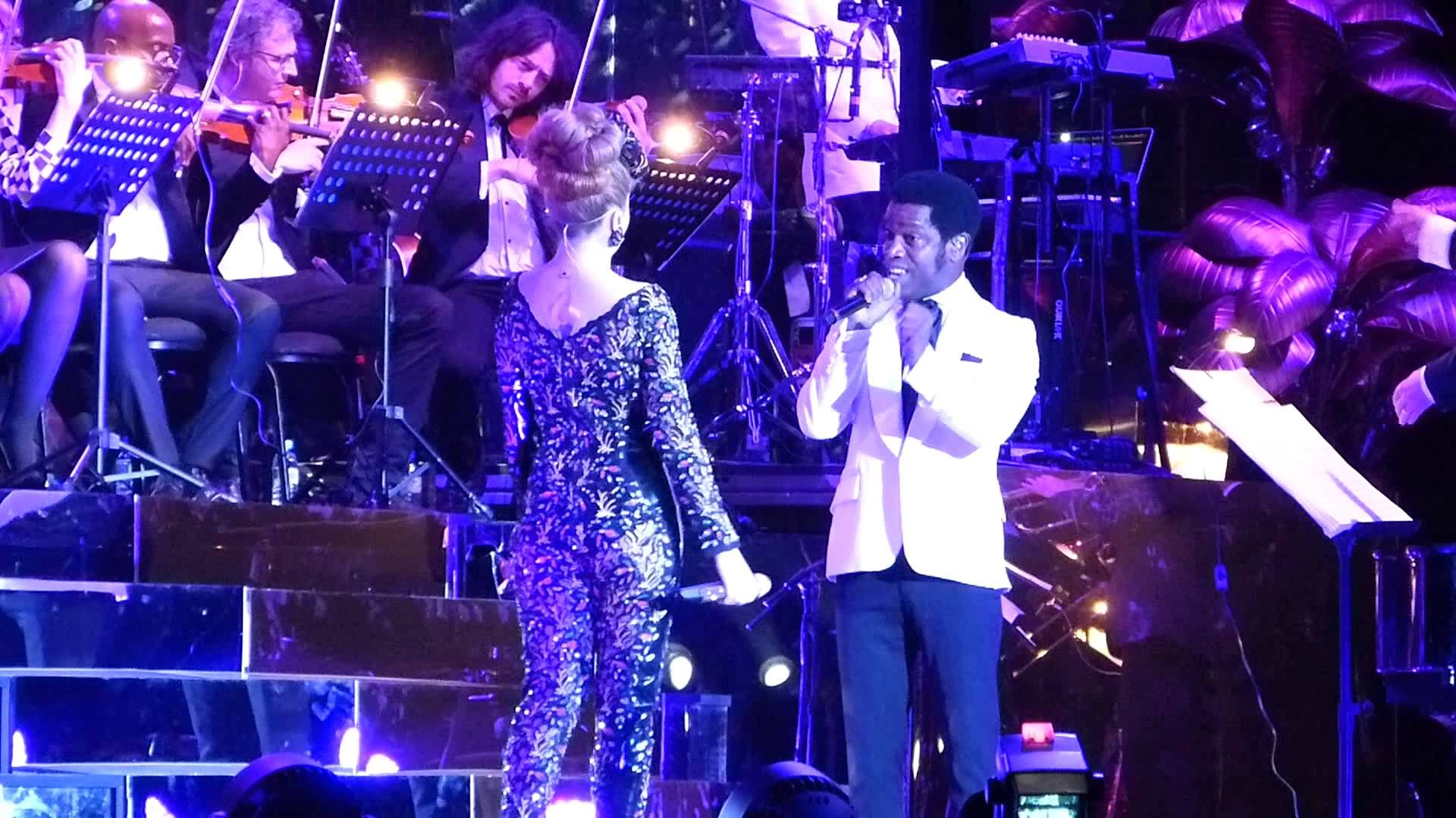 Paloma Faith + Ty Taylor ( Vintage Trouble)  I'd Rather Go Blind - O2 Ar...