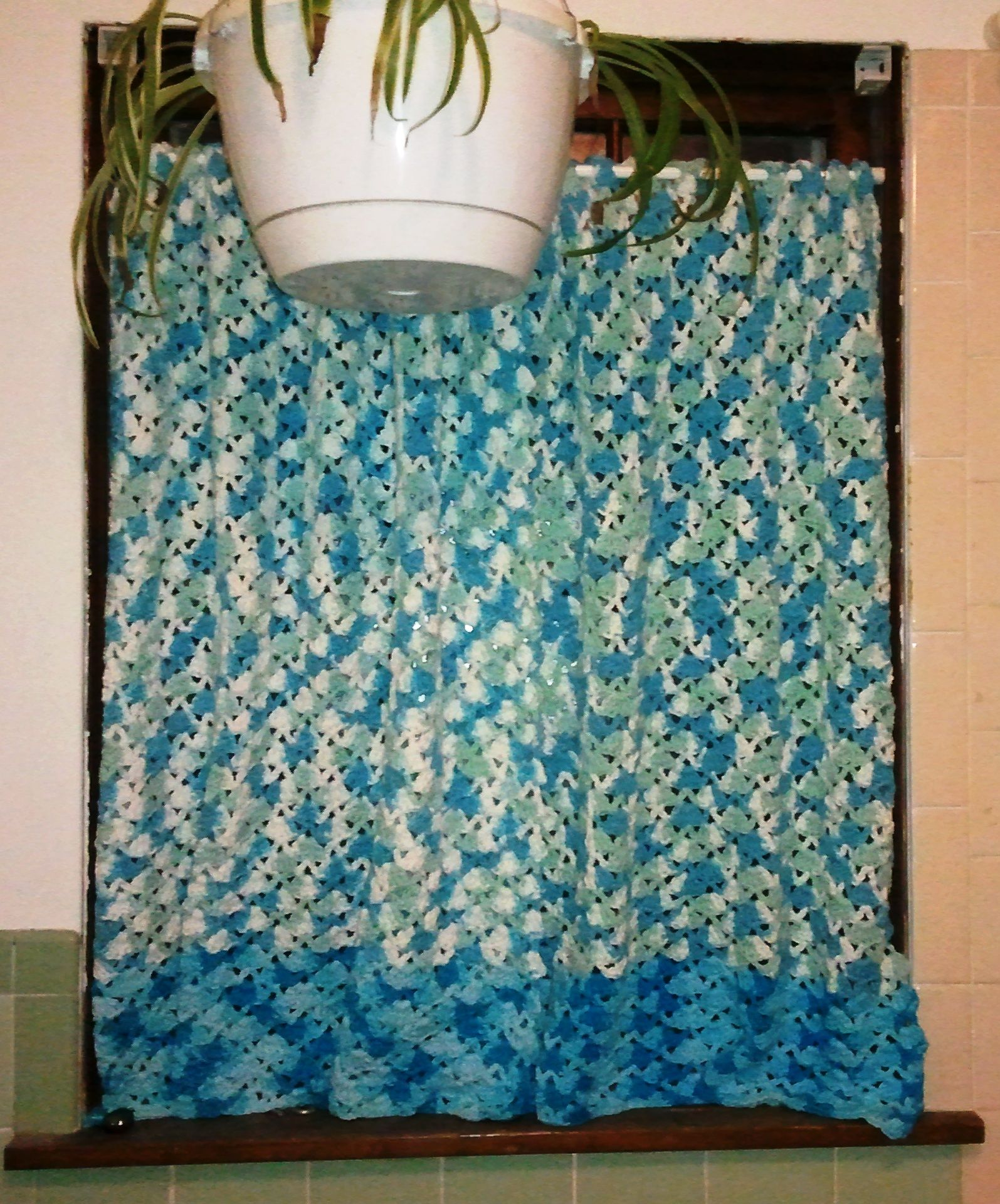 Crochet Kitchen Curtains: Crocheted Curtain Panels (2 Panels) In The Shell Stitch
