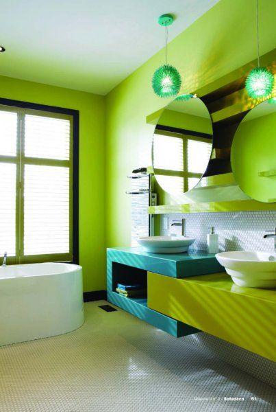 Salle de bain d 39 enfants pas de chicane un lavabo pour le plus petit et un autre pour le plus - Deco salle de bain enfant ...