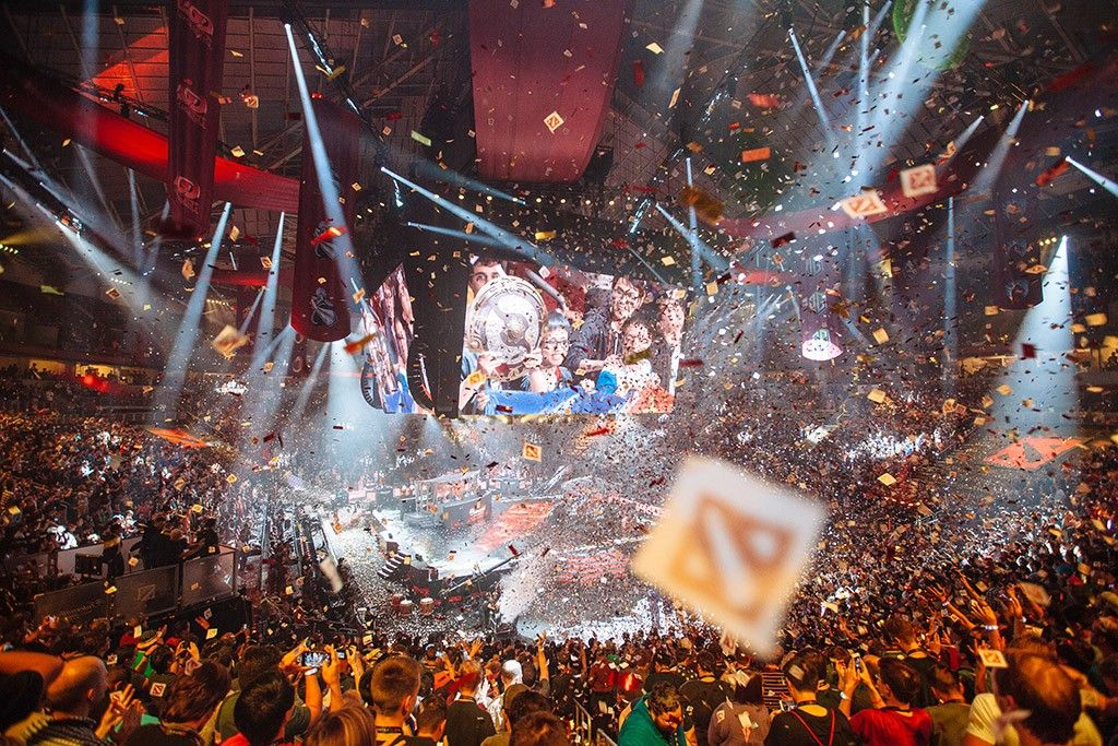 Predicting esports winners with Machine Learning