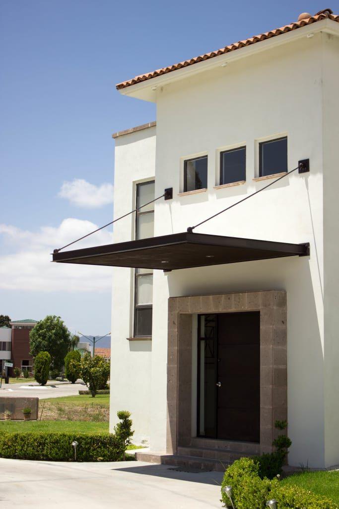 Finde Moderne Hauser Designs Von Arq Beatriz Gomez G Entdecke Die Schonsten Bilder Zur Inspiration Fur Die Gestaltung Facade House Patio Awning House Front
