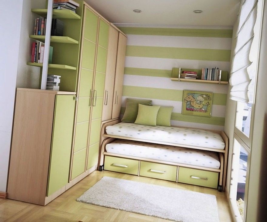 small teen room ideas (design 03) green colored wall stripes and