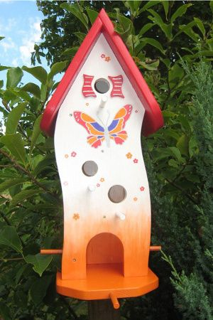 bunt bemaltes vogelhaus vogelh user pinterest bird houses birdhouse and bird. Black Bedroom Furniture Sets. Home Design Ideas