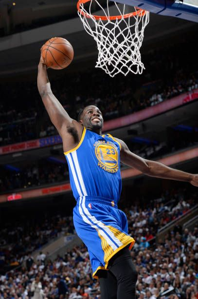 Draymond Green Of The Golden State Warriors Goes Up For A Dunk During A Game Against The Philadelp Golden State Warriors Golden State Warriors Pictures Warrior