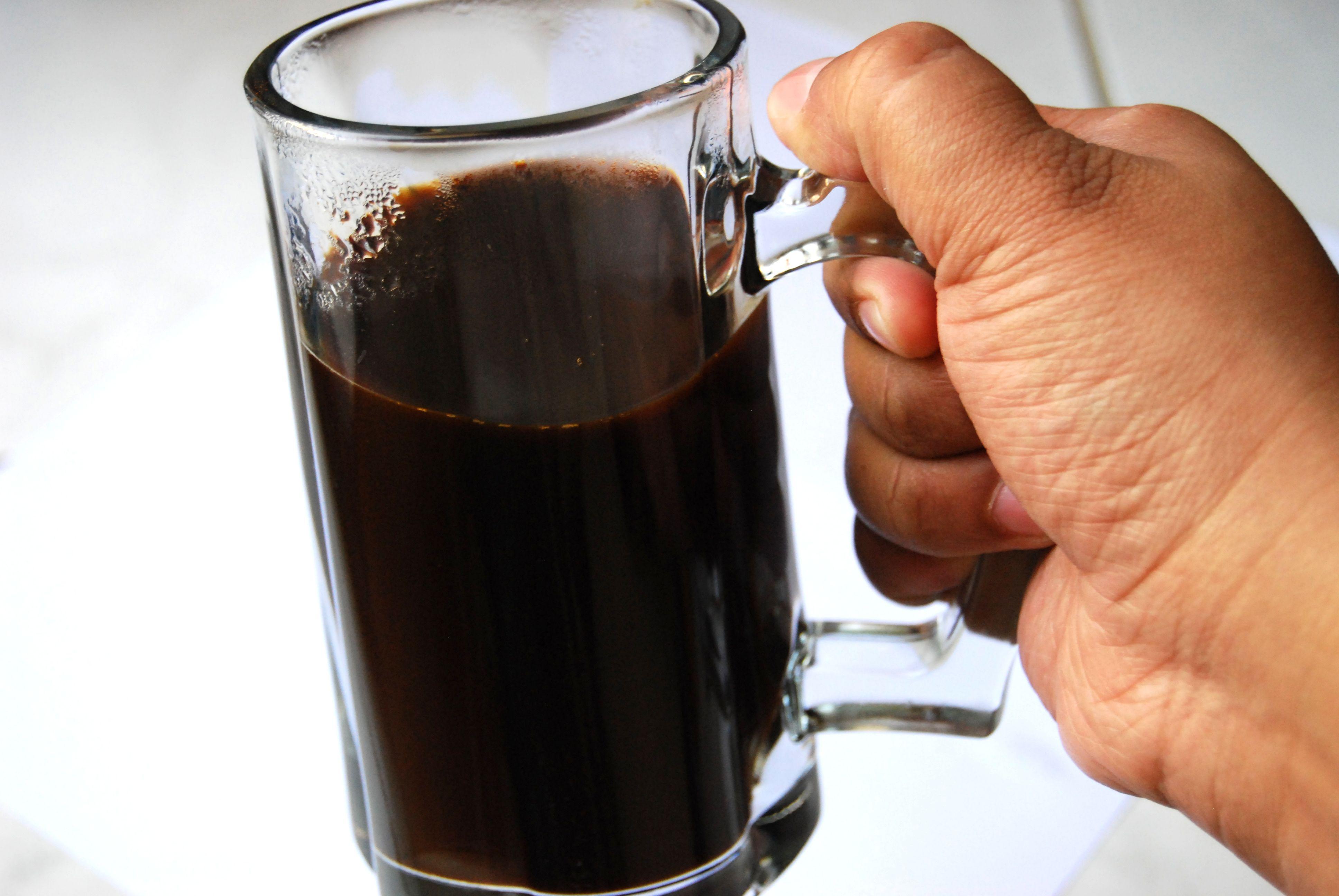 Make Indonesian Kopi Tobruk Uses for coffee grounds