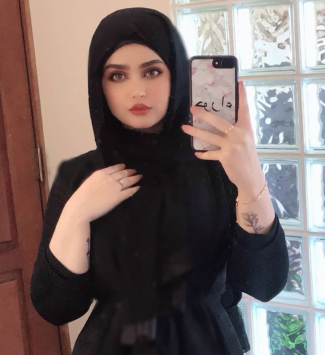 Pin On Middle Eastern Girls