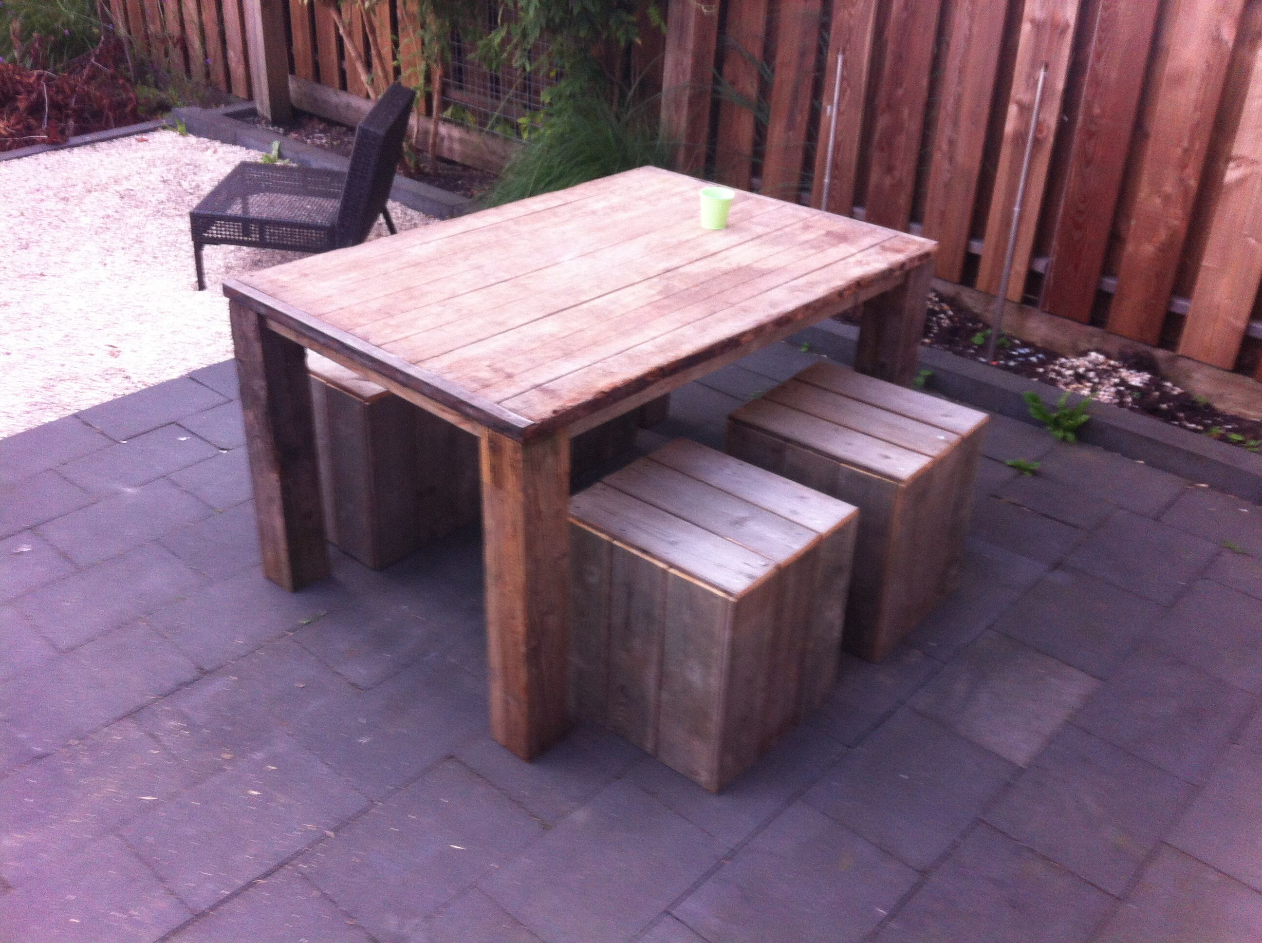60 Garden Furniture Homemade From The Old Wooden Fence