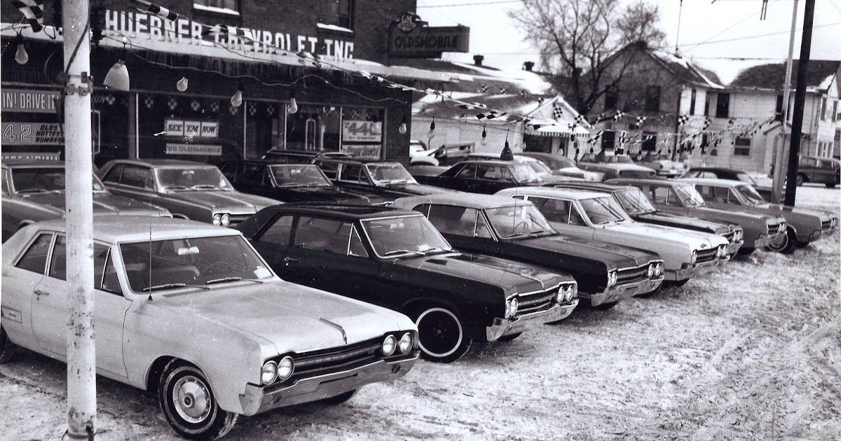 Huebner Chevrolet INC Car dealership, Car yard, Used car