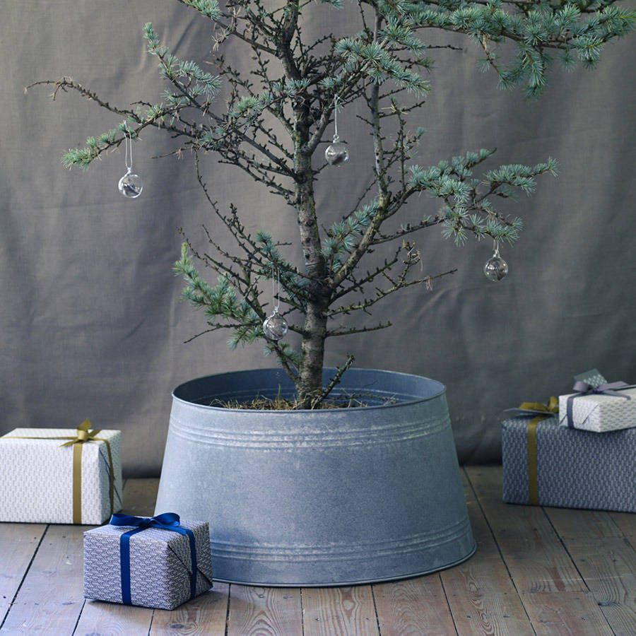 Berne Zinc Tree Skirt By Rowen Wren