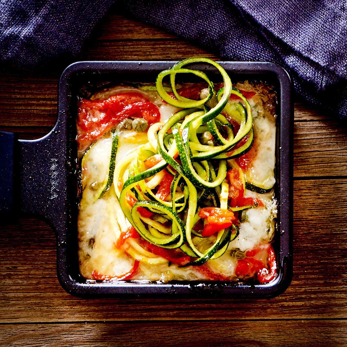 racletterie zucchininudel miniauflauf rezept raclette die besten rezepte und tipps. Black Bedroom Furniture Sets. Home Design Ideas