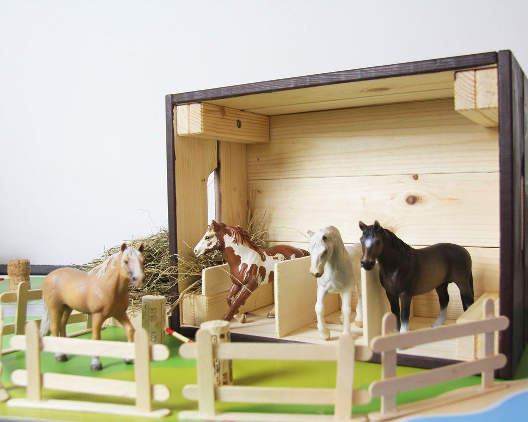 Pferdestall Selber Bauen Und Zubehor Fur Den Ponyhof Basteln Toydoll Diy Kids Furniture Toy Barn Kids Barn