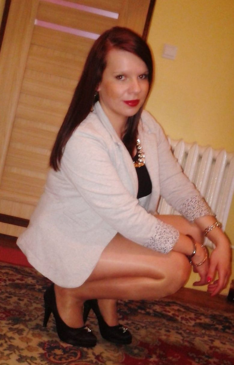 pantyhose dating Singles interested in pantyhose welcome to the fastest growing free dating site okcupid is free to join, free to search, and free to message.