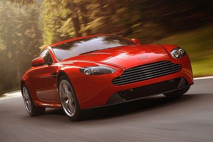 Bond is back in an Aston Martin http://smh.drive.com.au/motor-news/bond-back-in-aston-20120312-1utbh.html