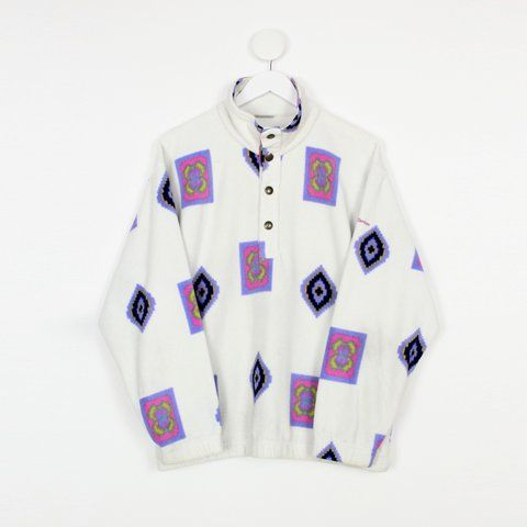 e44d88896e506 Men s vintage Sergio Tacchini patterned fleece - White - + - Depop