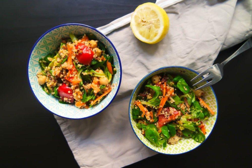 Fruchtiger Quinoa-Salat mit Wassermelone-Dressing – vegan, fettarm & glutenfrei