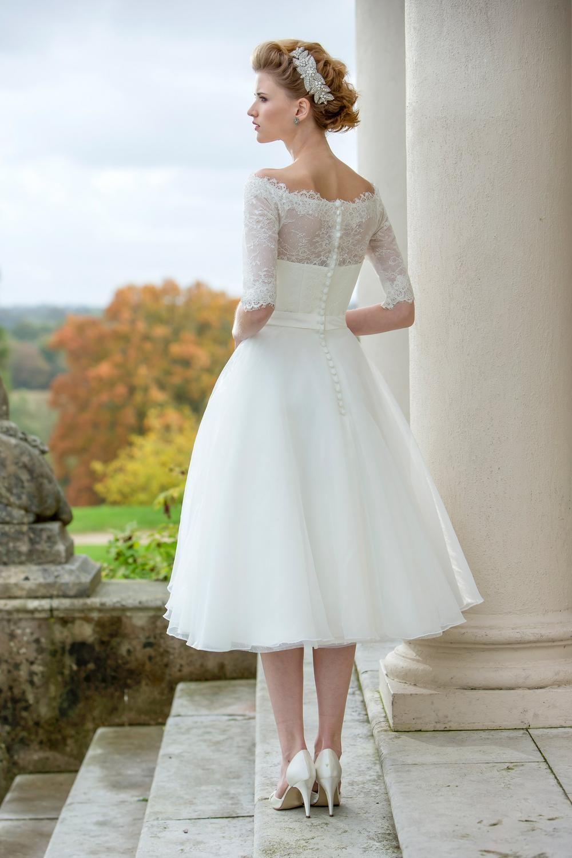 Tea Length Bridal And 50 S Style Short Wedding Dresses Brighton Belle Betty W172 Tea Length Dresses Tea Length Wedding Dress Wedding Dress Organza [ 1500 x 1000 Pixel ]