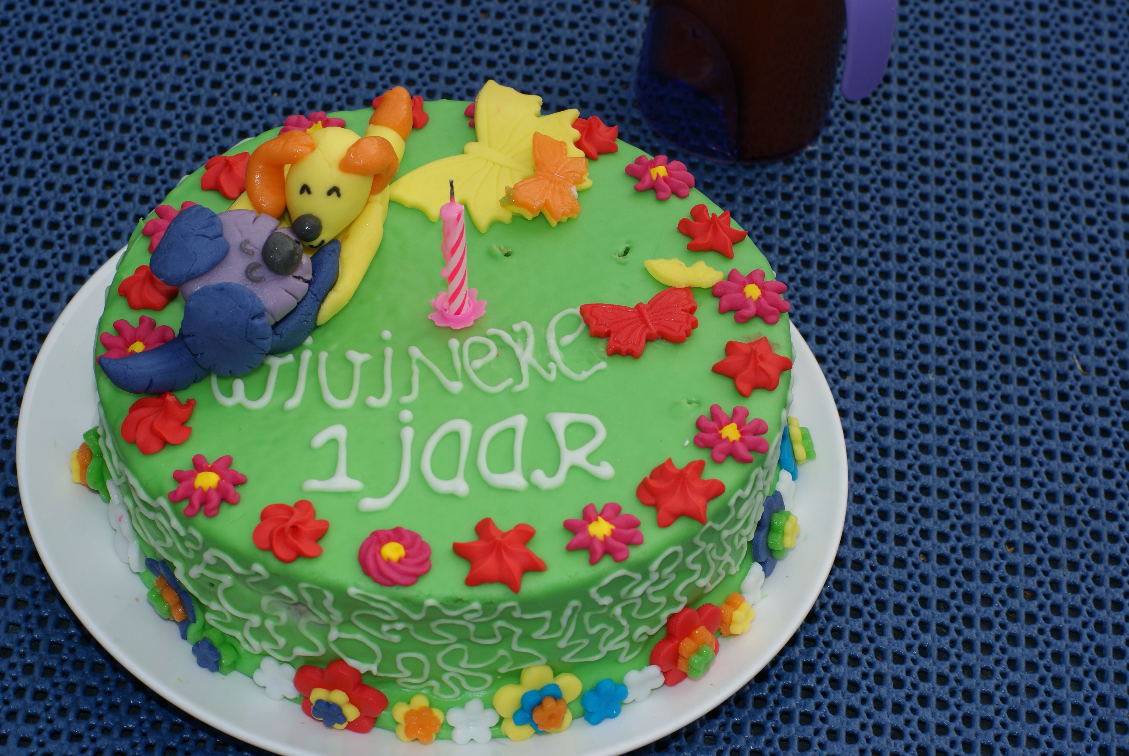 Birthday cake for 1 year old girl