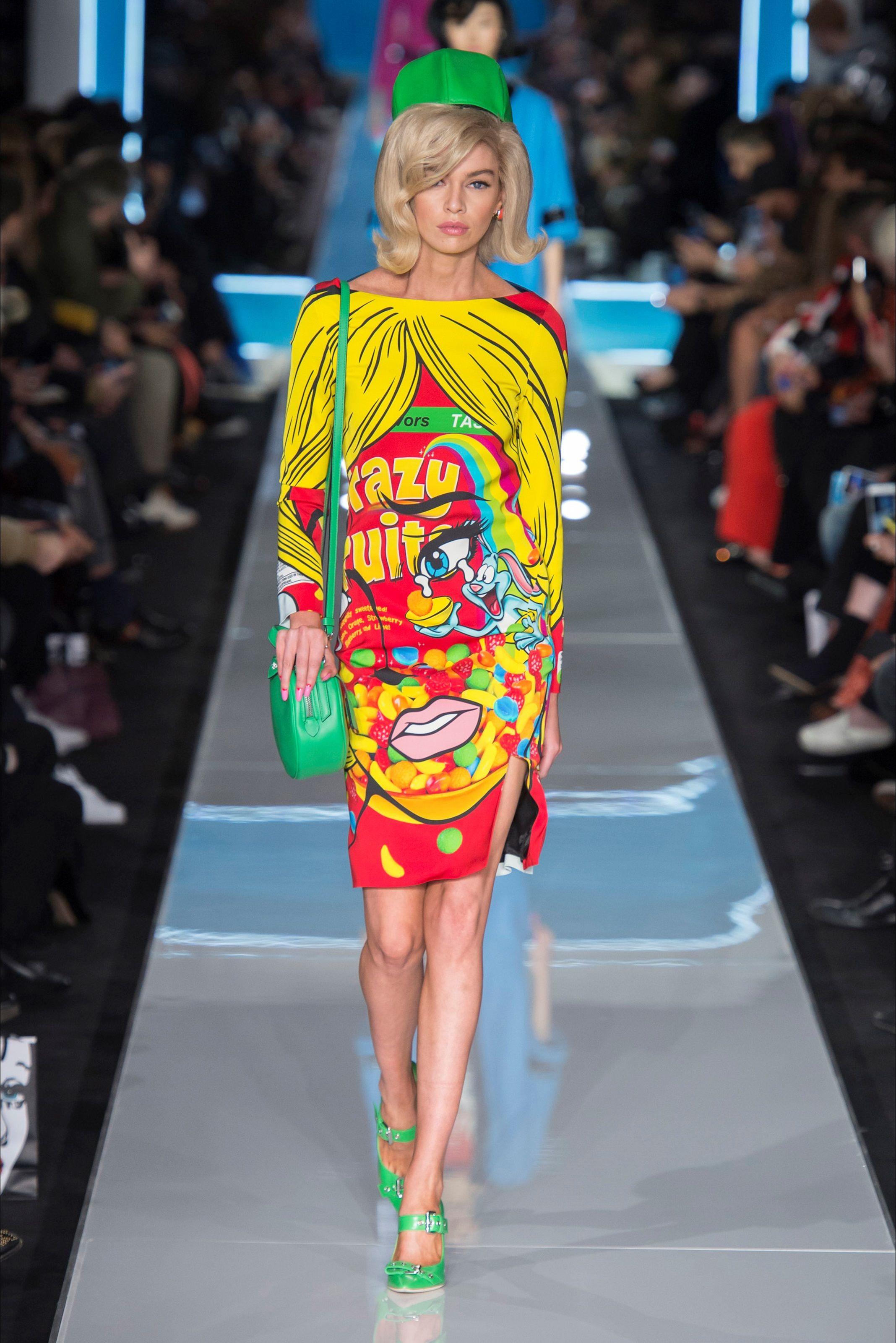 Pin di Paola Petrini Rossi su tendenze moda 2019 2020 nel 2019 ... c25ce3e6db8