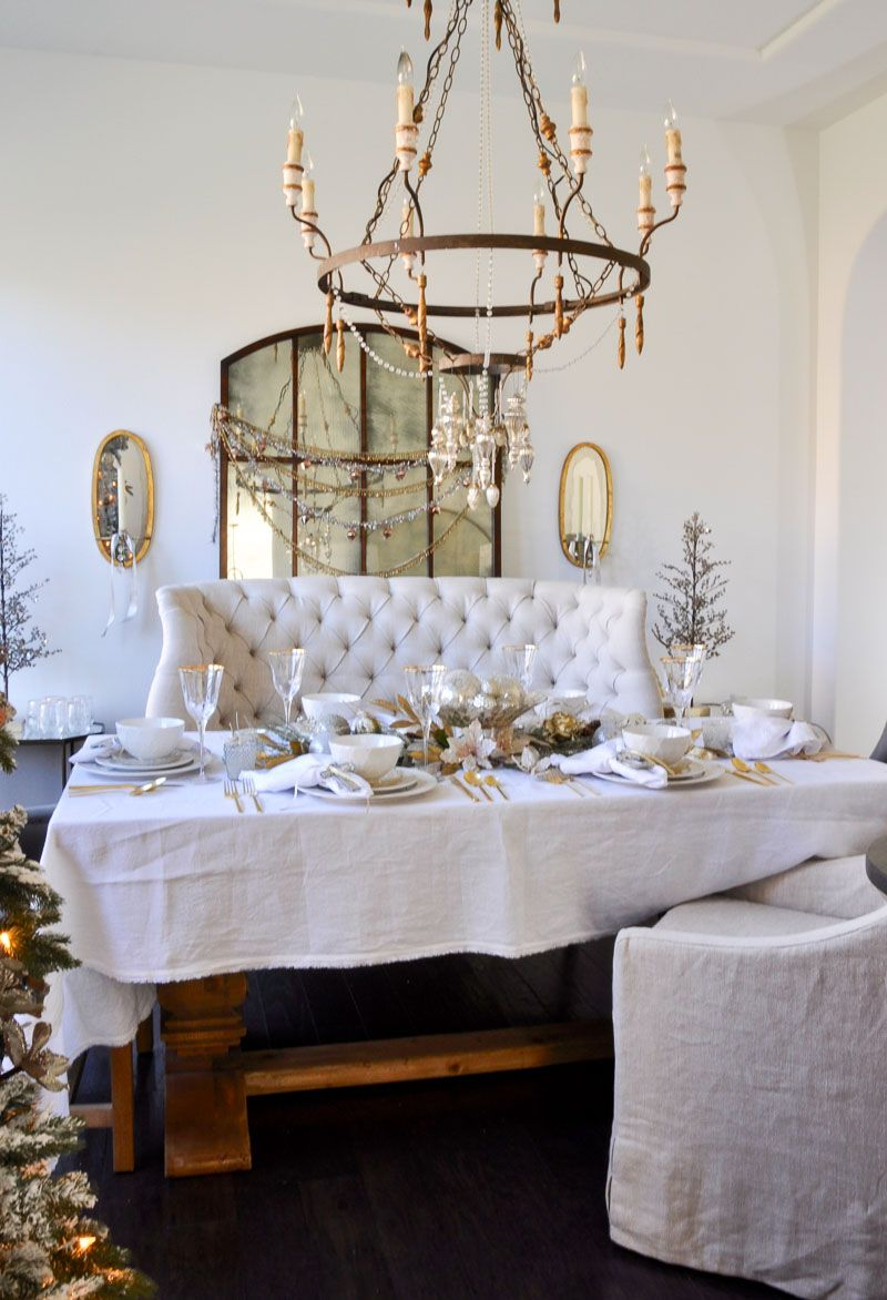 Elegant Traditional Christmas Dining Room