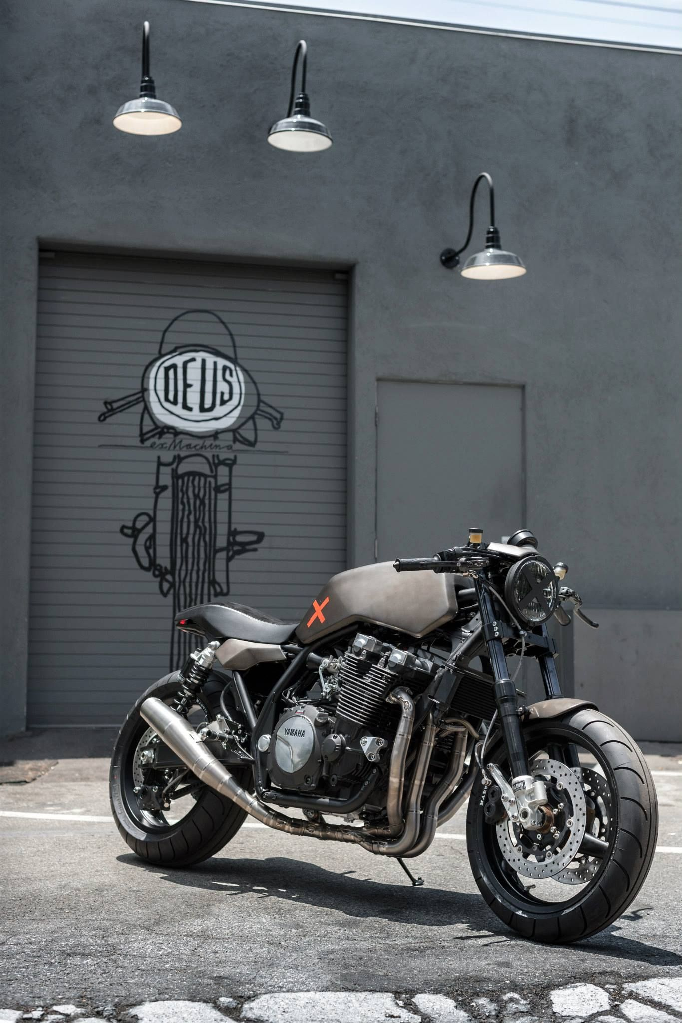 Yamaha Xjr1300 By Deus Motorcycle Cafe Racer Bike Exif