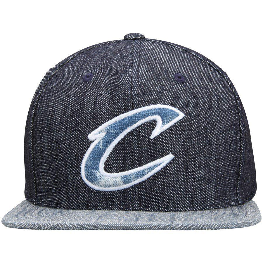 9b58dd2193d21 Men s Cleveland Cavaliers Mitchell   Ness Blue Linen Snapback Adjustable Hat   Mitchell Ness
