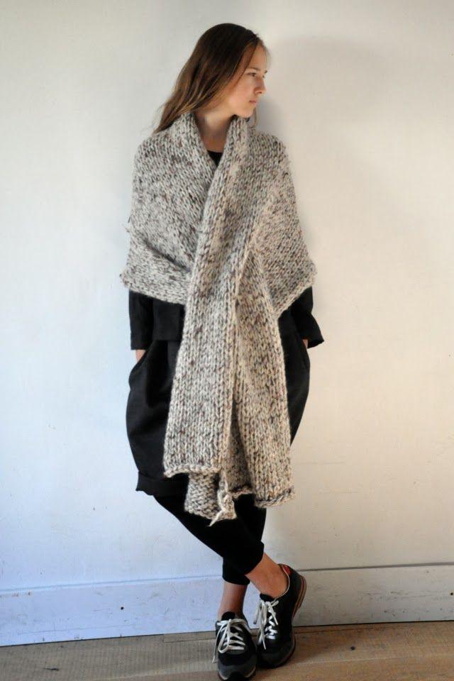 Chunky knit wrap | clothes | Knit fashion, Knit wrap ...